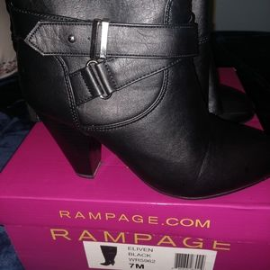 Rampage Boots, Black Size 7